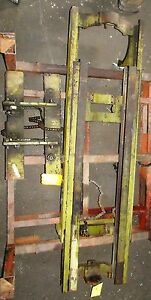 Cl153m0687 Upright Mast Clark With Carriage Over All Height 83 Lift Height 153