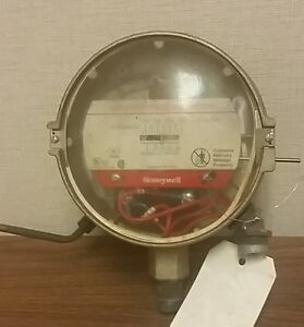 Honeywell Gas A g lp Pressure Switch 0 25 Inches Of Water