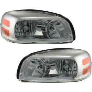 Headlight Set For 2005 2009 Chevrolet Uplander Left Right Side W Bulb