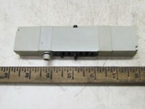 Numatics 051bb500m000061 Pneumatic Solenoid Valve 3 pos 5 function New