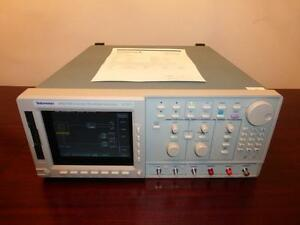Tektronix Awg710 2 Ghz 4 Gs s 16 Mb Arbitrary Waveform Generator Calibrated