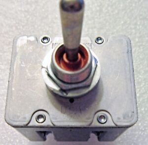 Ms27724 Micro Switch Tl Series Toggle Switch Military 2 Pos Iwts 14 16 Gage