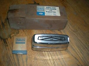 Nos 1966 67 68 69 70 71 Ford Fairlane Torino Tail Gate Handle Lock Cover Asy