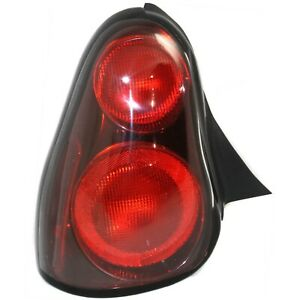 Tail Light For 2000 2005 Chevrolet Monte Carlo Driver Side