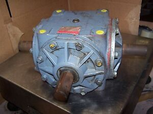 Boston 1 1 Ratio Right Angle Gear Drive Model R1515 Input Hp 47 6