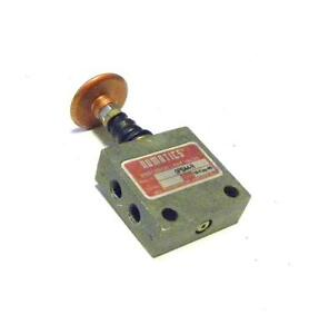 Numatics 0pba4 r Red Momentary Manual Air Switch Valve 1 8 Npt