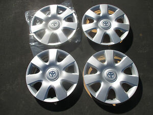Set Of 4 Genuine Toyota Camry Sienna 15 Inch Hubcaps Wheel Covers New Blems