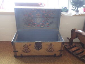 Antique Steamer Trunk Vintage Victorian Dome Top Wedding Or Brides Wooden Chest