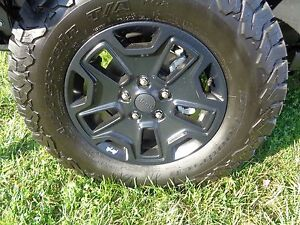 13 16 Jeep Wrangler New 17 X 7 5 Black Moab Aluminum Wheel Mopar Factory Oem