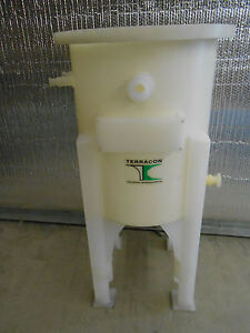 Terracon 50 Liter Cone Bottomed Tank On Integral Stand No Cover Lid
