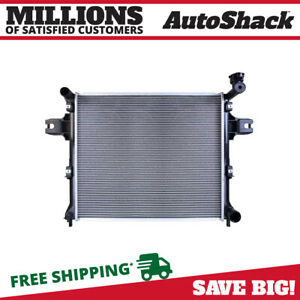 New Radiator Assembly For 2005 2010 Jeep Grand Cherokee 2006 2010 Commander 5 7l