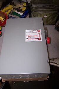 New Cutler Hammer 200 Amp Non fused Safety Switch 240 Vac 60 Hp 3 Phase Dg324ugk