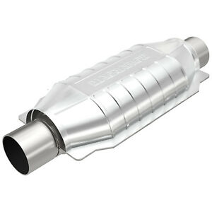 Magnaflow 99009hm Universal High flow Catalytic Converter Oval 3 In out Obdii