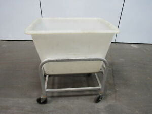 New Age Industrial 96699 6 Bushel Capacity Bulk Restaurant Bus Cart