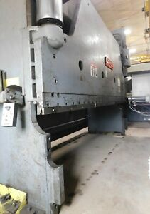 9767 Cincinnati 14 X 300 Ton Hydraulic Press Brake