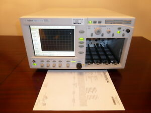 Agilent 86100b Infiniium Dca Wide Bandwidth Oscilloscope Mainframe W Option 001