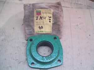 Oliver 66 super66 Farm Tractor Brand New Rear Axle Cap