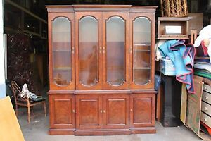 Mid Century Regency Style Signed Henredon China Cabinet Hutch