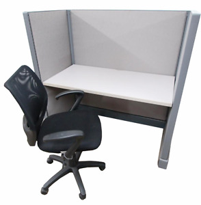 Single 53 H Refurbished Herman Miller Call Center Cubicle With Fabric Choice