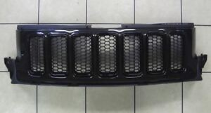 11 13 Jeep Grand Cherokee Front Grille Black Factory Mopar New Oem