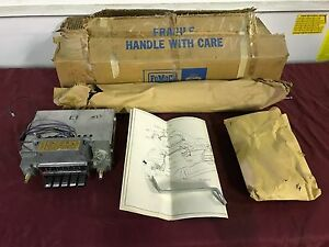 Nos 1966 67 Ford Falcon Am Radio Kit C6dz 18805 aa3 Fomoco 66