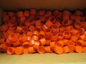 Niagara Plastics Tc 16 Threaded Plastic Caps 1 5 16 12 Lot Of 693