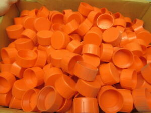 Niagara Plastics Tc 21 Threaded Plastic Caps 1 7 8 12 Lot Of 613