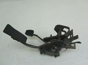 06 Chevy Cobalt Power Fuel Gas Brake Pedal Assembly