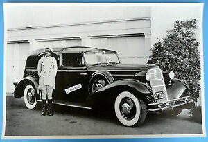 12 By 18 Black White Picture 1934 Cadillac Touring Car With Chauffer