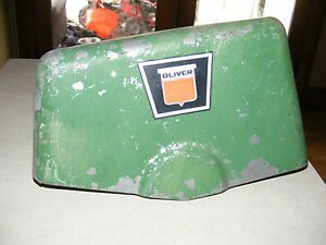 Vintage Oliver Tractor shield Hood Grill Part 506 814 E