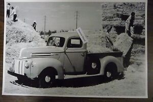 12 By 18 Black White Picture 1942 Ford Truck With Baled Hay Michigan Plates