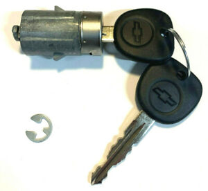 New 2007 2014 Chevy Silverado Oem Door Key Lock Cylinder Switch W 2 Logo Keys