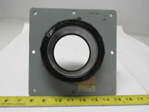 Oz gedney A400 4 Insulated Rigid Conduit Box Connector Mounting Plate