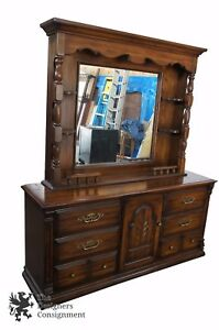 Vintage Oak Carved Bedroom Dresser W Illuminated Mirrored Backsplash 76 Chest