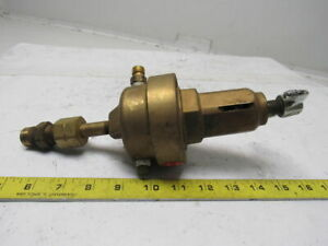 Union Carbide Linde Cga 550 R55i17 Brass Compressed Acetylene Gas Regulator