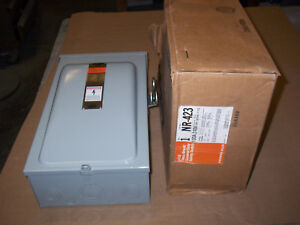 New Siemens Nr423 100 Amp 240v Fused Safety Switch Disconnect 3r 3 Phase