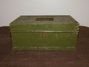 Vintage Old Merriam Durham Conn Usa 12 X 8 X 5 1 4 Metal Cash Box No Key