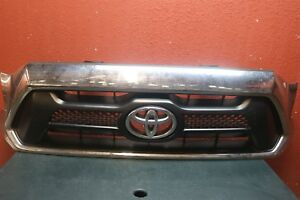2012 2013 2014 Toyota Tacoma Front Grille