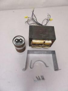 Cooper Ballast M47 8437d60g27 Capacitor 005 2089 rmf tested Used Warrranty