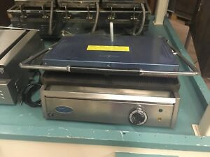 Ozti Commercial Panini Press Otm 1