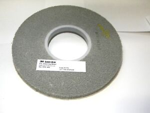 3m 8 X 1 2 X 3 Grade 9sfin Silicon Carbide Deburring Wheel 61500126802
