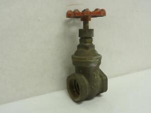 173855 Old stock Milwaukee 105 1 1 4 Bronze Gate Valve 1 1 4 Fnpt Class 125