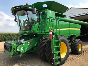 John Deere S680 Combine 104 Hours Used One Harvest private Seller