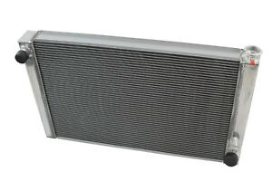 Chevy Performance Radiator 31 Aluminum 2 Row Single Pass Universal Racing