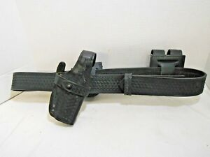 Safariland Tactical Duty Police Gun Belt W Holster Handcuff Double Magazine