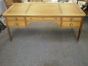 Vintage Kittinger Buffalo Mahogany Wood Business Executive Office Desk