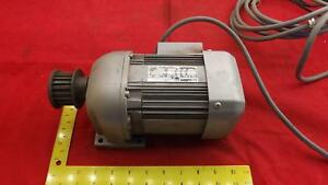 Mitsubishi Gm s Gear Motor 3 Phase 200 220 Volts 1 30 1 15 Amp 100 120 Rpm T