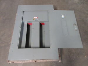 Square D 400 Amp 3p 3w 600 Vac Mlo Type Hcm I line Panel 400a 480v Panelboard