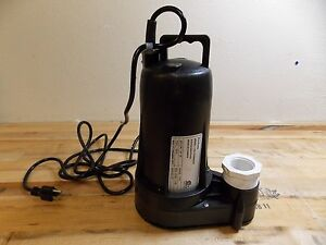 Nuline Submersible Sump And Sewage Pump 1 2 Hp 2 Outlet Model 62436977
