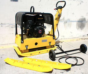 Reversible Dirt Vibratory Plate Compactor 420cc Gas Power Engine For Dirt Soil